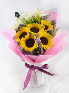 Sunflowers & Lily bouquet| Ipoh Free Delivery| Ipohfreshflower.com