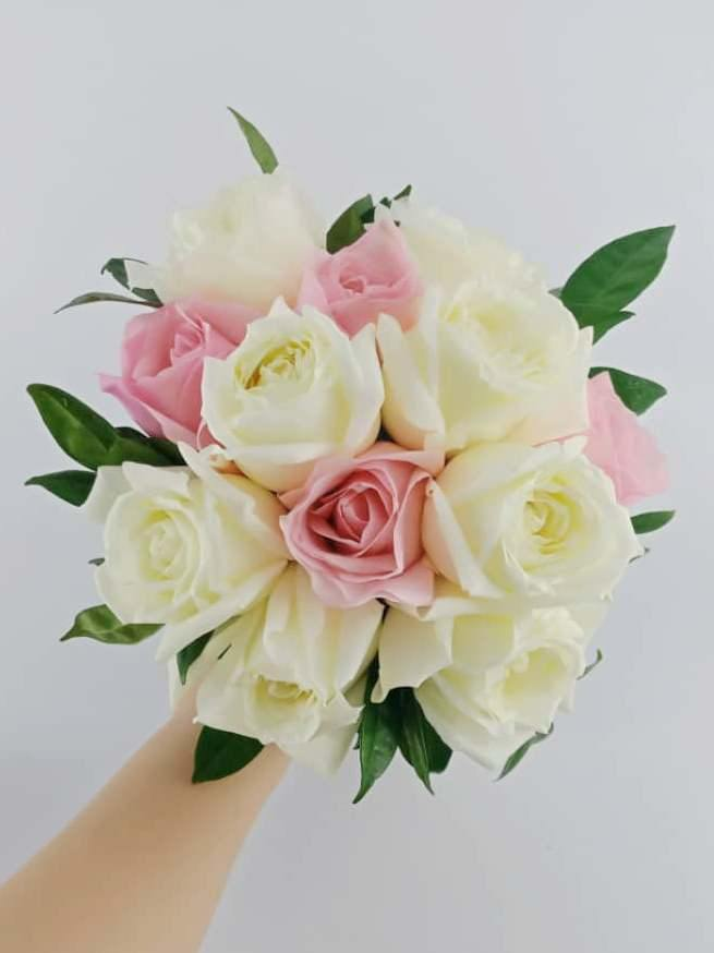 Personalise bridal bouquet|ipohfreshflower.com