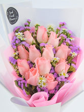 Load image into Gallery viewer, Pretty Pink bouquet |Fresh Flower Bouquet| Ipoh Free Delivery| Ipohfreshflower.com