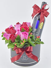 Load image into Gallery viewer, Red Wine Gift Box| Ipoh Free Delivery| Ipohfreshflower.com