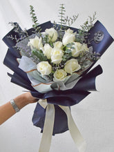 Load image into Gallery viewer, White Roses| Fresh Flower Bouquet| Ipoh Free Delivery| Ipohfreshflower.com