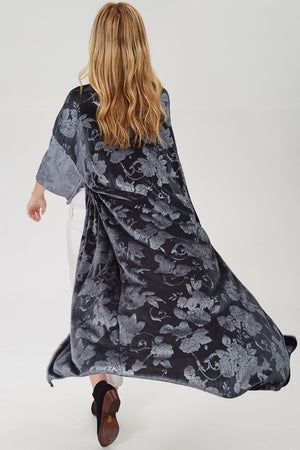 Curvy Girls with Crazy Curves Solid Velvet Floral Print Long Cardigan (Plus)