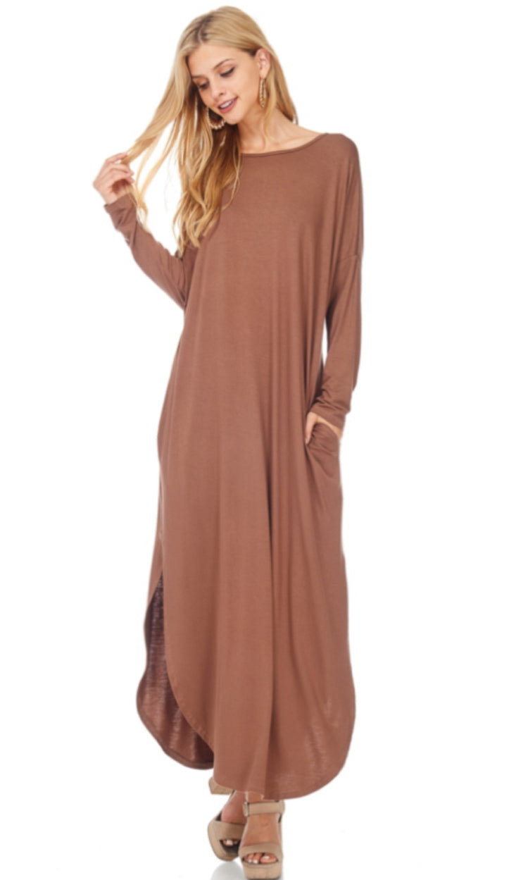 Round Neck Side Pocket Maxi Dress