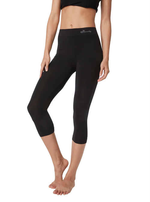 Boody 3/4 Black Legging from front