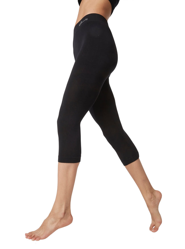 Boody 3/4 Black Legging from side