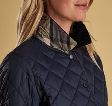 Barbour Women's Deveron Quilt Jacket