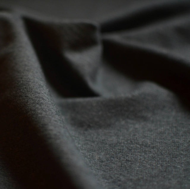 Charcoal – Sanjana Tencel™ & Organic Cotton Stretch Fleece – 1/2 yard