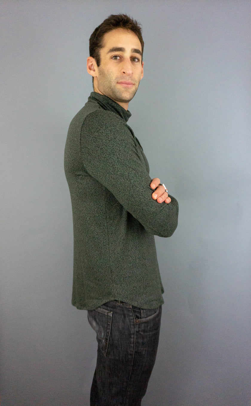 The Turtle Puppy - Mens Turtleneck - Ivy/Green