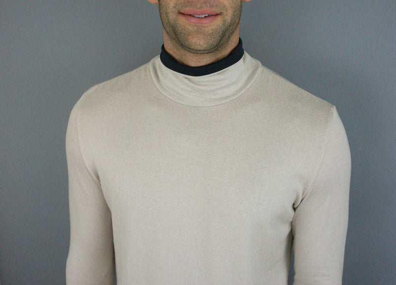The Turtle Puppy - Mens Turtleneck - Oyster/Navy