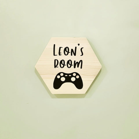 Leon's Room plaque