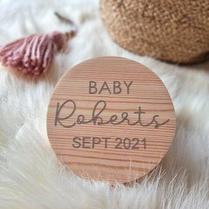 Personalised pregnancy announcement disc