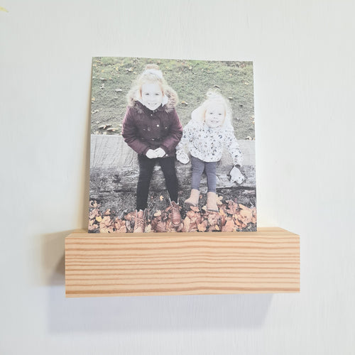 Wall Photo Holder