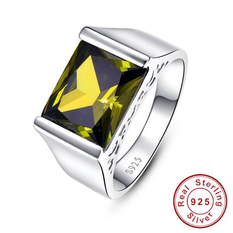 The Classic I Ring in Peridot