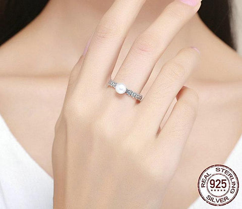 Image of Freshwater Pearl Ring with Flower Motif Band for Women Born in June
