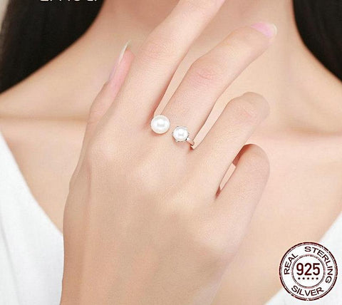Adjustable Women's Pearl Luxury Ring