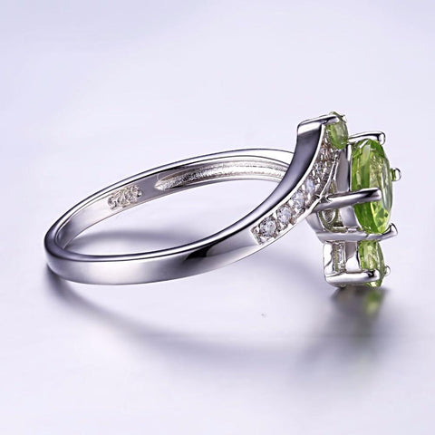 The Triplets (Ring) in Peridot