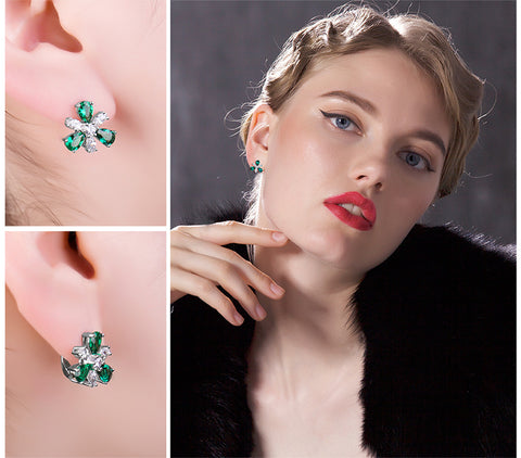 Image of Emerald Flower Clip Earrings