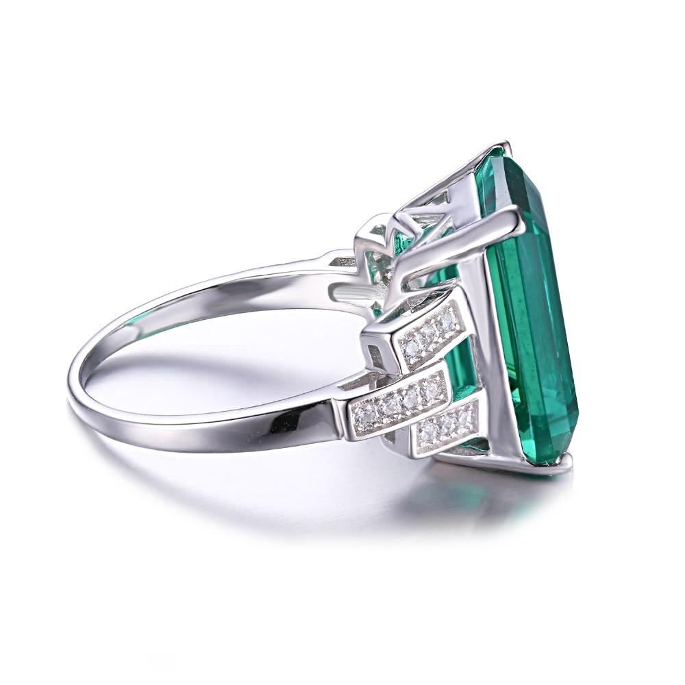 The Bespoke Ring in Green Emerald