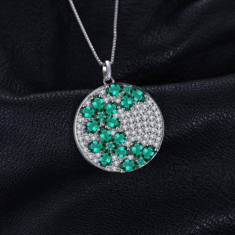A Floral Party (pendant) in Emerald