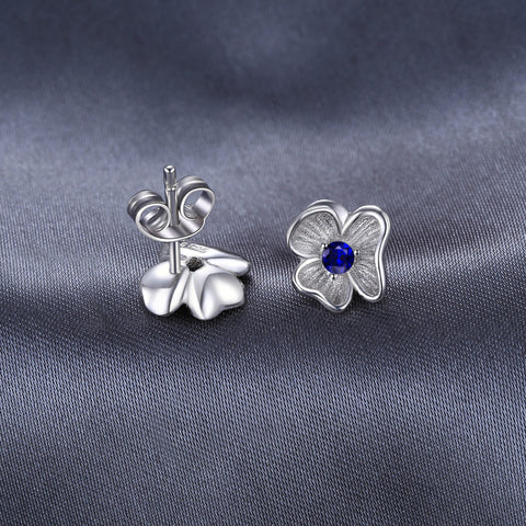 The 3-Leafed Clover in Sapphire