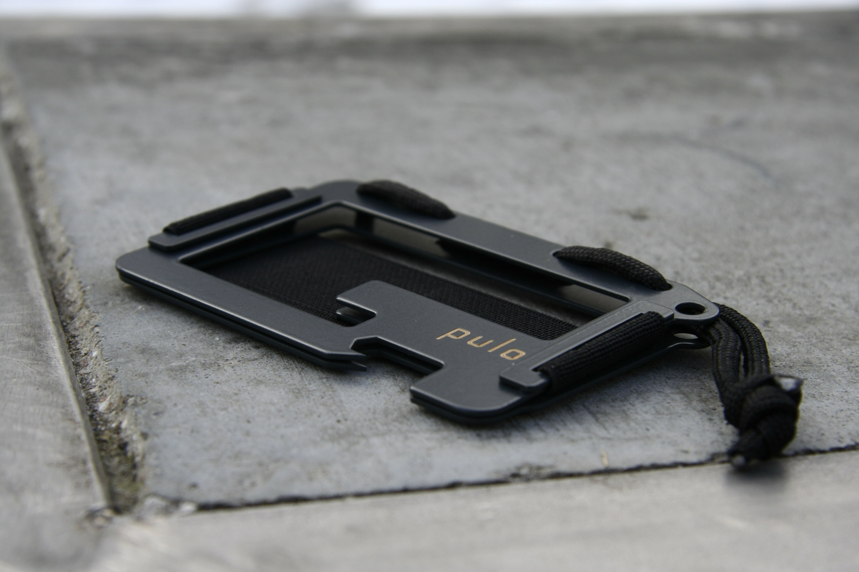 Pulo Tactical Wallet - Coal Grey