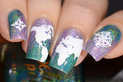 Holographic Layers: The Latest Nail Stamping Trend