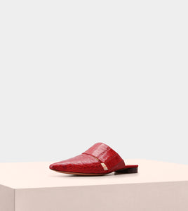 AURA FLAT MULE IN RED CROCODILE
