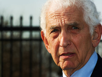 Ellsberg Found He Could Leak and Get the US  General in Vietnam Fired