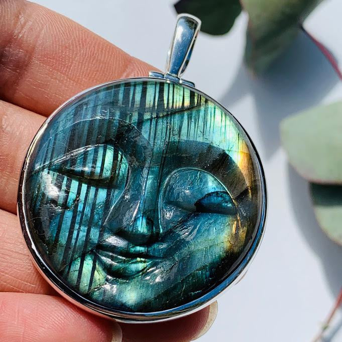 Amazing Tranquil Moon Goddess Face Labradorite Sterling Silver Pendant (Includes Silver Chain) #4