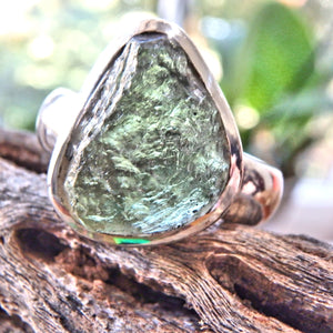 Chunky Genuine Green Moldavite Ring in Sterling Silver ( Size 10)
