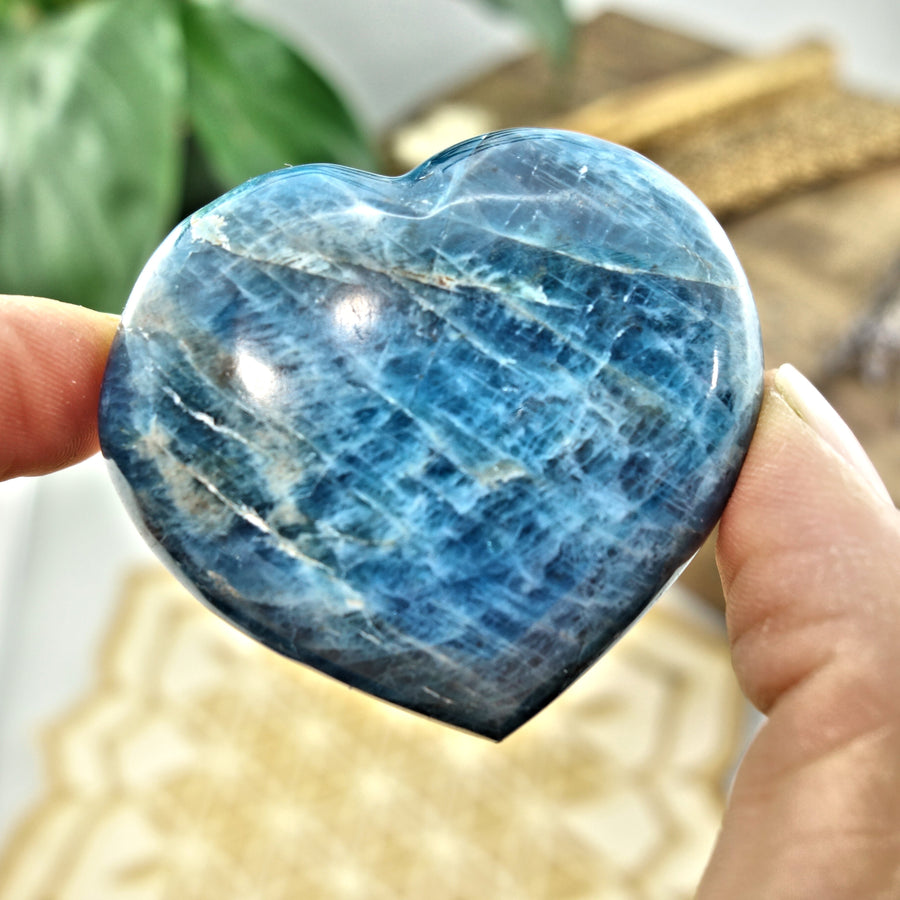 Beautiful Blue Apatite Love Heart Carving 3