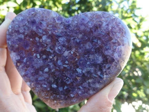 Absolutely Stunning AMETHYST GEMSTONE HEART - Earth Family Crystals