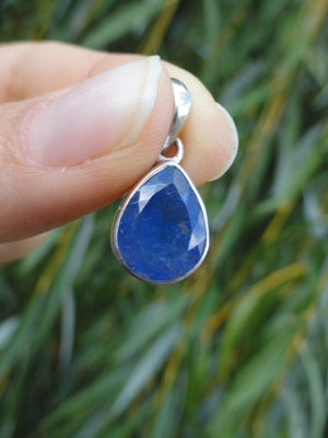 Faceted TANZANITE PENDANT IN STERLING SILVER (INCLUDES FREE SILVER CHAIN) - Earth Family Crystals