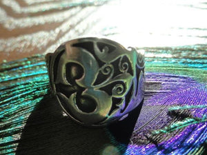 OM Sterling Silver Ring (Size 9) - Earth Family Crystals