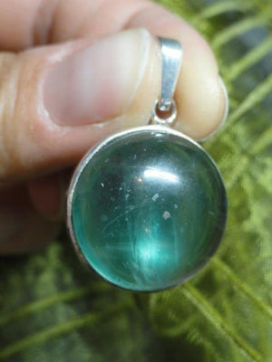 Beautiful GREEN FLUORITE GEMSTONE PENDANT (Includes Silver Chain) - Earth Family Crystals