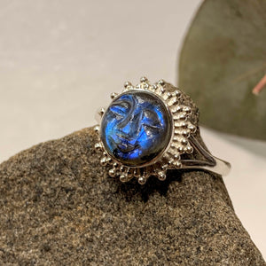 Amazing Tranquil Moon/Sun Goddess Labradorite Sterling Silver Ring (Sizes 5 - 11.5)