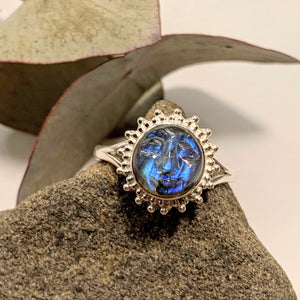 Amazing Tranquil Moon/Sun Goddess Labradorite Sterling Silver Ring (Sizes 6.5 - 11.5) - Earth Family Crystals