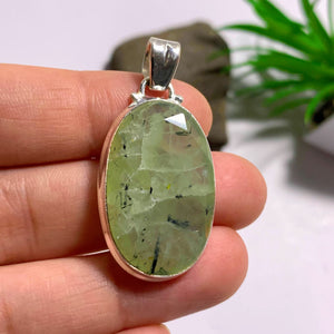 Stunning Green Prehnite & Epidot Threads Faceted Sterling Silver Pendant (Includes Silver Chain)