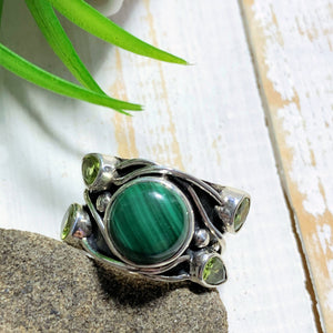 Pretty Faceted Peridot & Malachite Sterling Silver Ring (Size 7)
