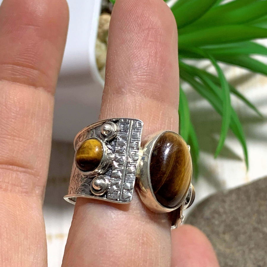 Unique Style Golden Glow Tiger Eye Sterling Silver Ring (Size 9.5) - Earth Family Crystals