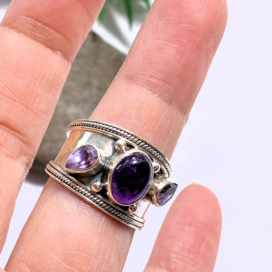 Gorgeous Faceted & Smooth Stone Amethyst Sterling Silver Ring (Size 8) - Earth Family Crystals