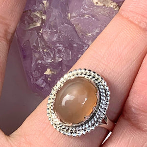 Elegant Creamy Peach Moonstone Gemstone Ring in Sterling Silver (Size 7)
