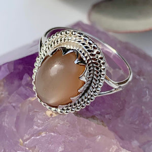 Elegant Creamy Peach Moonstone Gemstone Ring in Sterling Silver (Size 9)