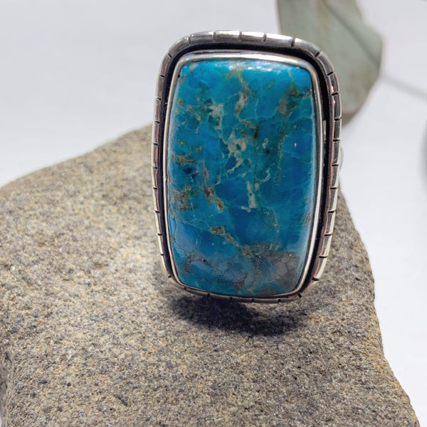 Vibrant Blue Genuine Arizona Turquoise Sterling Silver Ring (Size: 8.5 )
