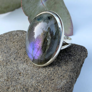 Pretty Pink & Purple Flash Labradorite Chunky Ring in Sterling Silver (Size 8.5)