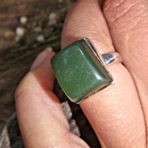Forest Green Nephrite Jade Gemstone Ring in Sterling Silver (Size 6)