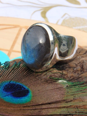 Amazing Blue Glow~Labradorite Ring In Sterling Silver (Size 8.5) - Earth Family Crystals