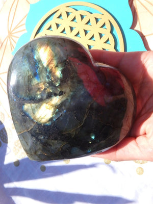 XL Fabulous Flashes Labradorite Heart Carving 1 - Earth Family Crystals