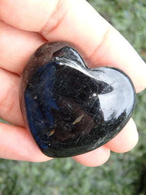 Pretty Greenland Nuummite Heart Carving with Moving Flashes of Color