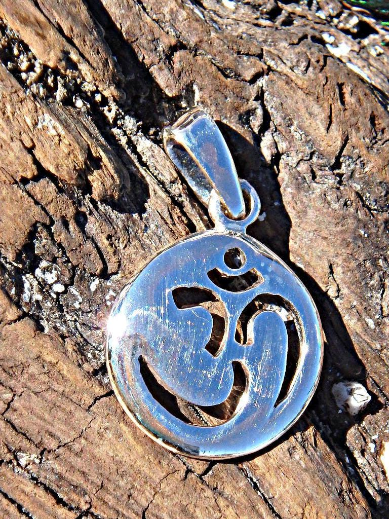 OHM Circle Sterling Silver Pendant - Earth Family Crystals